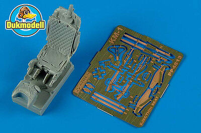 Aires KM-1 ejection seat - (for MiG-21, MiG-23, MiG-25,..) 1:48 #4513
