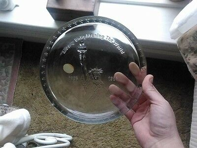Rare Tiara collectable 1886 1986 Liberty Enlightening The World Glass Plate