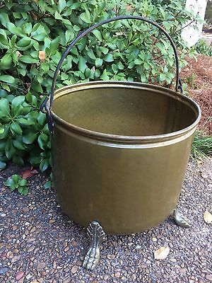 Vtg Large Heavy Brass Claw Foot Coal Bucket Urn Planter Kettle Bail Handle