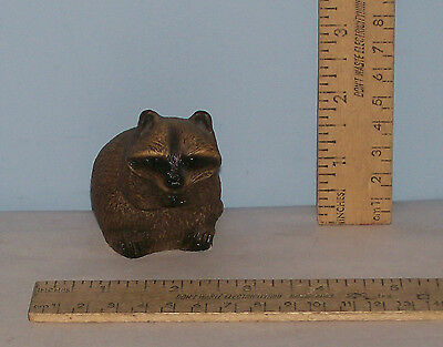 RACCOON FIGURE - bandanna 1982 - Ceramic Figurine