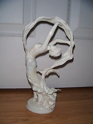 """Royal Worcester fine bone """"Spirit of the Dance"""" ~ 3708 of 5000 ~ Limited Edition"""