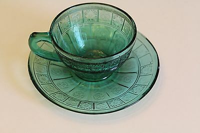 Doric & Pansy cup/saucer ultramarine Jeannette Glass Depression