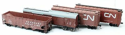 4 Assorted Ho Freight Cars 2W