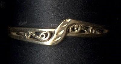 10K Solid Fine Yellow Gold Size 7.5 Filigree Accent Band Ring Lot Vd