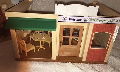Sylvanian Families BlackCurrant Cafe And Accessories