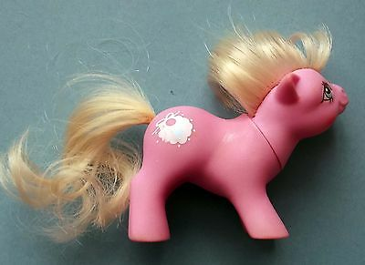 MON PETIT BEBE PONEY HASBRO G1 My Little Pony Tiddley Winks Made in Hong Kong