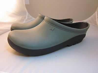 Sloggers Premium Clogs Garden Women Shoes Size 6 Gray Black with comfort insole