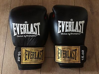 Everlast choice of champions leather boxing gloves. 16. oz.