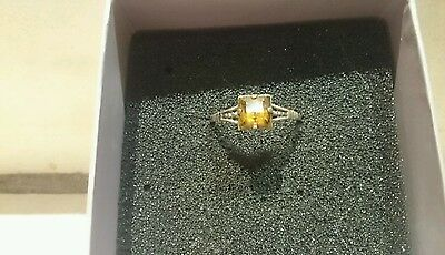 Beautiful Very old Silver ring with lovely amber stone