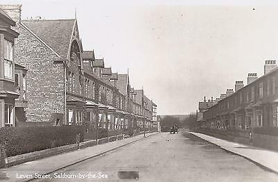 NEAR MINT RARE EARLY 1900s PHOTO POSTCARD - LEVEN STREET,SALTBURN-BY-THE-SEA