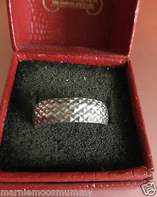 Preloved Patterned Full Hallmark Sterling Silver Band Ring Size P  2.3 grams