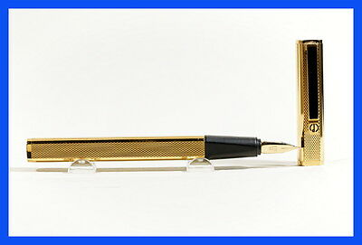 DUNHILL fountain pen gold plated, absolut high end w/ 585 F Montblanc wing nib