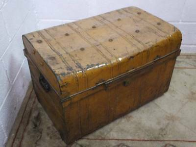 Antique Metal Steamer Trunk / Chest / Storage Box, Original Outer Colour.