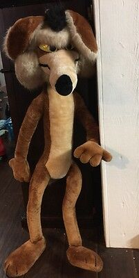 """Vintage Wile E Coyote Large Plush Stuffed Animal 41"""" Tall 1971 Looney Tunes"""