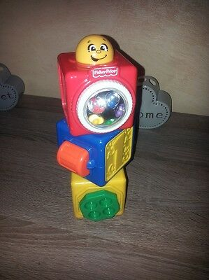 Cube fisher price à empiler