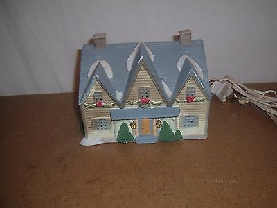 Lemax Collectible Light Up House(Christmas,No.11,ceramic,snow,holiday,mansion
