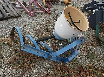 Used 1 row cultivator with SIDEDRESSOR and 6 shanks - WE SHIP CHEAP AND FAST