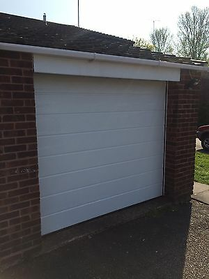 Fitted 42mm Insulated Electric Garador Hormann Sectional Door Horizontal Ribbed