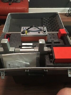 Metrotech 850 Cable / Pipe Locator 30 DAY WARRANTY. Nice Condition. (011)