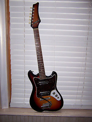 Heit Deluxe Electric Guitar Musical Instrument Has Whammy Bar