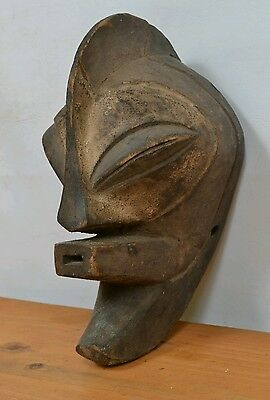 Beautiful Small songye Mask from DRC region du kasai orientale zone mbuji-mayi