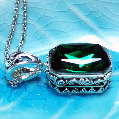 Vintage Green Radiant Emerald Pendant Chain Necklace 14k White Gold A141