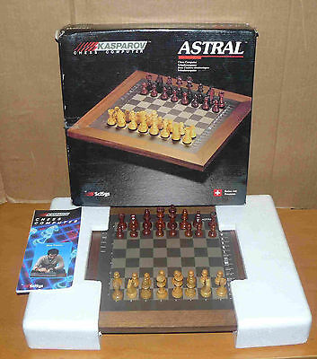 """Scisys Kasparov """"ASTRAL"""" chess computer - complete in box, working - electronic"""