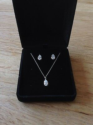 9ct Carat 9k 375 White Gold Necklace and Earrings Pear Cut Teardrop