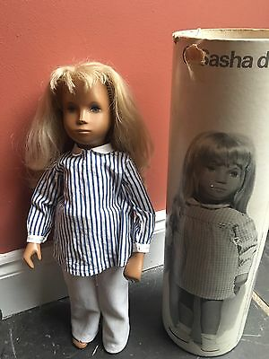 sasha doll Trendon 1971?with tube and extra clothes