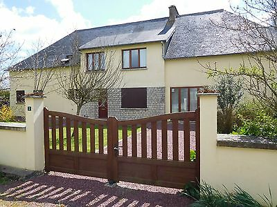 3 bedroom house with 1 hectare of land in Manche, Normandy-France