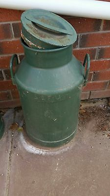 Safu - Vintage Rustic Old Milk Can - Collectable