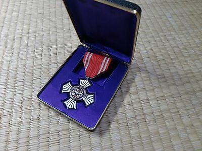 WWII Japanese Red Cross Gold Merit Medal army navy japan badge A04