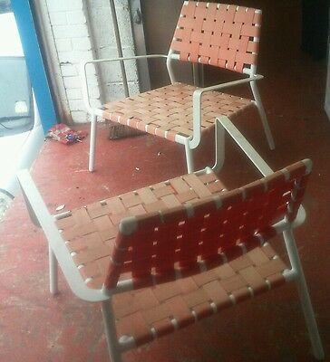 2 x RETRO INDOOR OR OUTDOOR METAL CHAIRS IN ORANGE AND WHITE