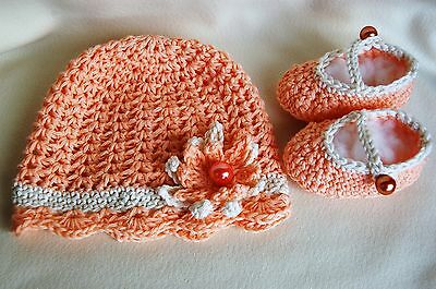 Baby girl's newborn Easter cotton hat and booties,present,photo prop