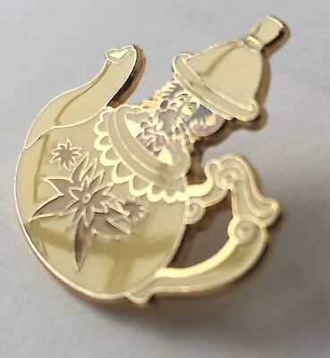 Disney Alice in Wonderland Dormouse in Teapot Pin (Gold Tone Accents)
