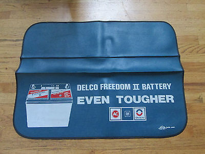 Vintage ORIGINAL 70's GM AC Delco Freedom II Battery Tri-X fender cover mat 72