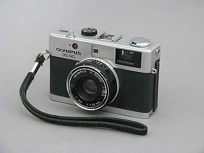 Olympus 35RC Compact 35mm Film Camera - 42mm f2.8 Lens. See discription