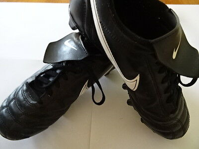 Nike soccer boots - Boys US Size 5