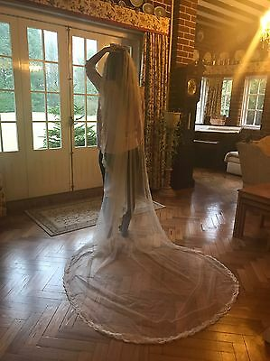 Wedding Veil Light Ivory Lace Cathedral Length New