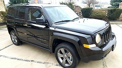 2016 Jeep Patriot Altitude(Sport SE) Only 1,253 Miles Altitude FWD Leather heated seats Wheels Bluetooth ABS Like new