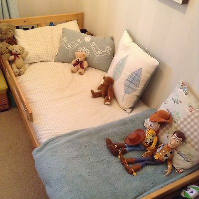Toddlers Pine Wooden Bed And Mattress