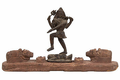 Indien & Nepal 19. Jh. Holz Shiva -A Saivite Carved Wood Group India - Népalais