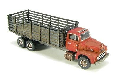 N Scale 50's R-190 Stake Truck kit by Showcase Miniatures (102)