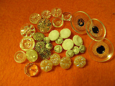 VARIETY OF VINTAGE & NEWER BUTTONS MIXTURE sewing craft