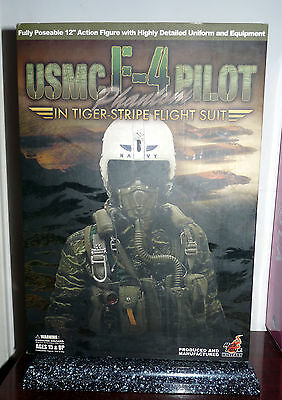 USMC F-4 PHANTOM PILOT VIETNAM TIGER-STRIPE FLIGHT SUIT HOT TOYS 1/6 30 cm 12""