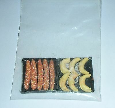 DIORAMA . Croissants AND BAGUETTES IN 2 TRAYS. KATRICHEN .  Scale 1:24  NEW