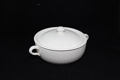 """FRANCISCAN Earthenware Covered Casserole Ivory 9-1/4"""""""