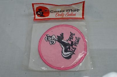 Vintage PEPE LE PEW Felt Iron or Sew On Patch • WARNER BROS • Looney Tunes *