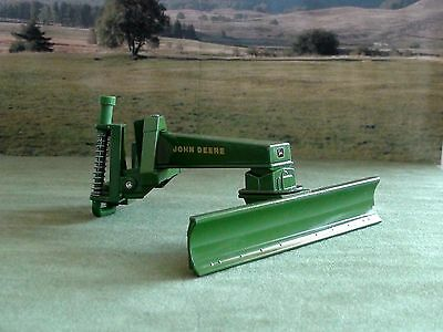 John Deere Blade Attachment Scale 1/16 Diecast New