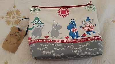 Make Up cosmetics Travel Bag official Moomin two pocket large